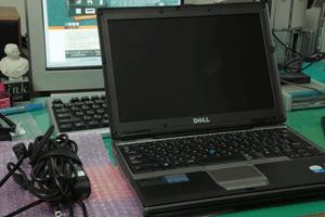 図 Dell Latitude D420